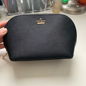 kate spade Bags - Kate Spade Cosmetic Case